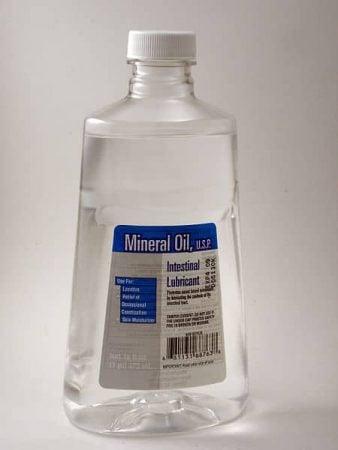 Aceite mineral de uso medicinal