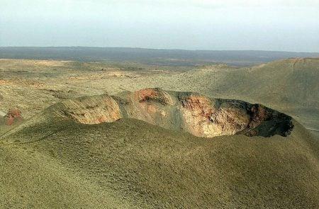 Cráter en el Parque Nacional de Timanfaya
