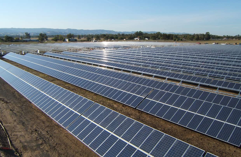 C mo funciona un panel solar curiosoando - Tipos de paneles solares ...