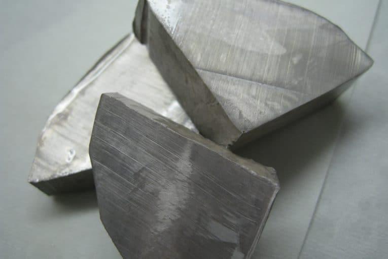 Sodio metálico (Na)