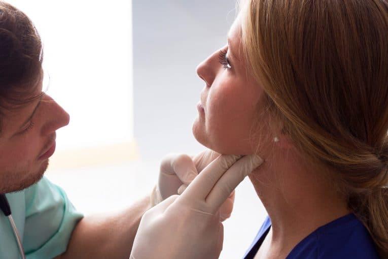 Examen dolor ganglios del cuello