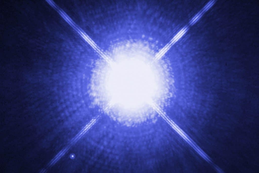 Sirius A y Sirius B fotografiadas por Hubble
