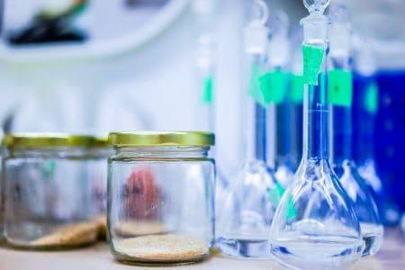 Materiales de cristal par laboratorio